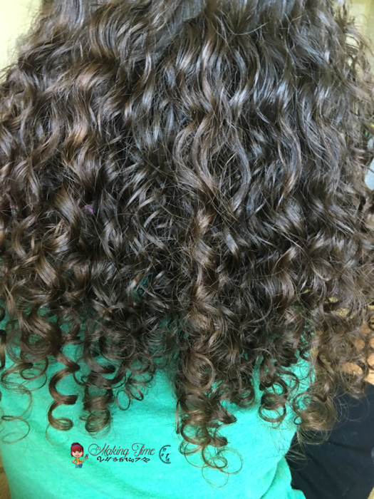 #Curlfriends Tame Smoothing Serum is easy to use and helps manage fly-aways and frizz. Beautiful hair. Perfect curls. #curlyhair