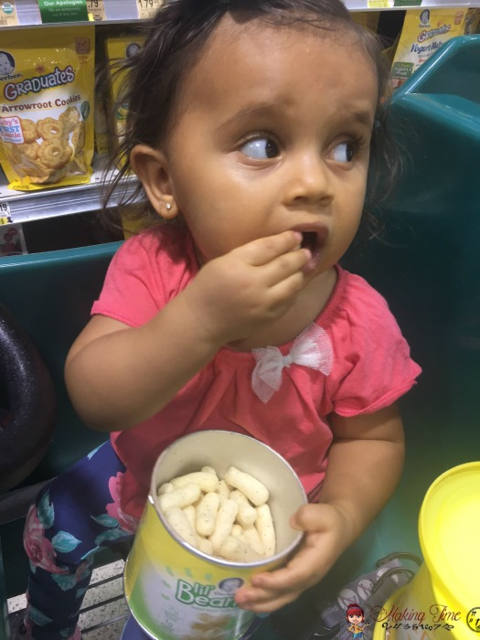 Gerber Lil' Beanies are a nutritious, yet tasty snack your toddler will love! Learn how to save $0.75 when you buy them at Publix! #GerberWinWin @Gerber