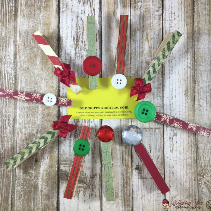 These Christmas Clothespin Magnets from One More Sunshine add a little spark of character to your home or office during the holiday season!