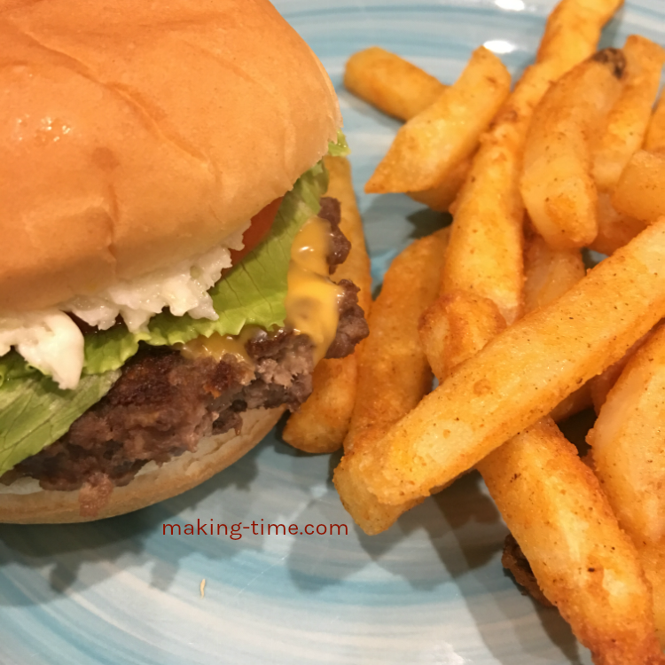 How to Get the Perfect Burgers at Home | #CaveTools #burgerpress #perfectburger
