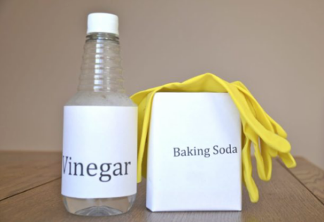 """How to Use Different """"Sodas"""" for Eco-Friendly Cleaning 