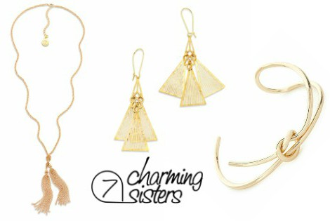 Gorgeous Holiday Accessories are Just a Click Away | 7 Charming Sisters #7charmingsisterspartner #jewelry #fashion