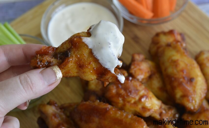Maple Bourbon Chicken Wings ~ #chickenwings #recipe #gameday #bourbonchickenwings